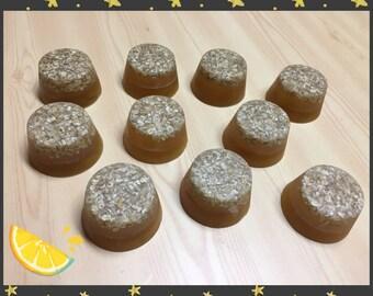 1 Oatmeal & Honey Soap (Exfoliating soap)