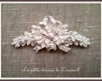 Decorative plaster romantic frieze