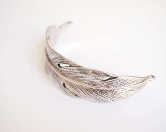 Support 70 * 36 mm antique silver feather cuff bracelet