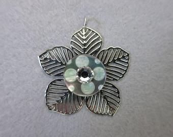 "Pendant ""Silver Flower"""