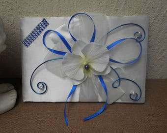 Guestbook ivory, blue Royal and Navy Blue artificial Orchid