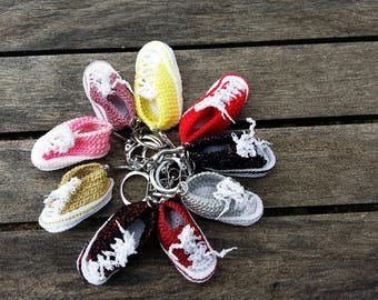 Keychain mini converse style sneakers