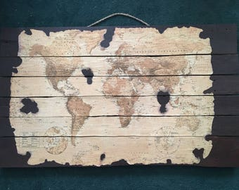 Rustic World Map Pallet