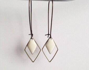 Earrings - Diamond - White