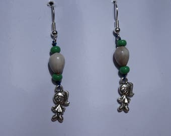 earrings with tropical seeds