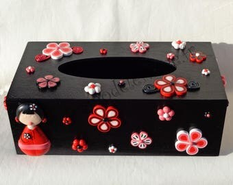 Red and black kokeshi tissue box