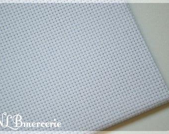 Aida canvas white 54 holes / 10cm width 150 cm x 50cm