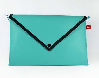 Turquoise blue faux leather pouch