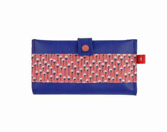 Checkbook wallet in faux leather blue and salmon