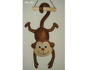 "Suspension ""Monkey"" felt jungle theme"