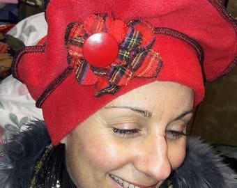 "Beautiful beret pattern ""TARTAN"" red fleece and Scottish wool"