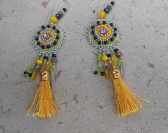 "Pearl embroidered earrings ""Bidart"""