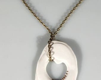 Necklace round asymmetric ring white porcelain