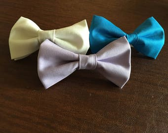 Custom Solid color bow tie