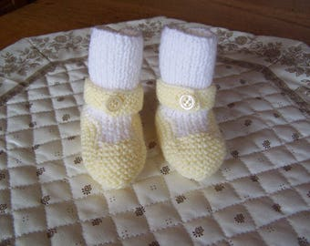 Hand knitted baby 0/3 months yellow and white