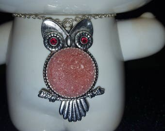 Pearly pink OWL necklace