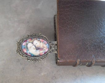 Bookmarks Virgin Mary has the child's style vintage cabochon glass bronze 9 cm x 2.8 cm