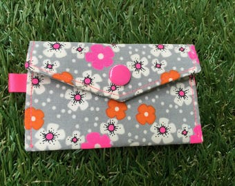 Clutch wallet pattern flowers Petit Pan