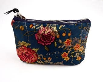 The BAG-purse flowers