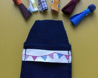 Dolls hassle maine pouch Blue Navy and flags