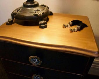 vintage queen anne bedside drawers