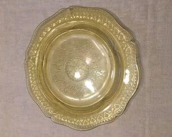Federal Patrician Pattern Glassware Spoke Salad Plate