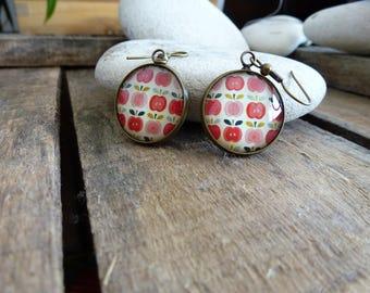 20mm - retro Apple earrings