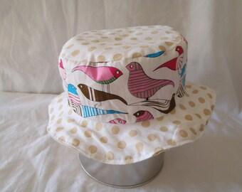 Hat - Reversible bucket Hat - 6-9 months (46 cm in diameter)