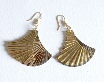 Earrings long vintage 1970s gold and silver