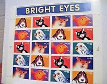 BRIGHT EYES Adorable US Stamp Sheet 32c from 1997 #3229 New Condition
