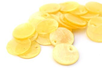 10 round sequins 15mm yellow Pearl