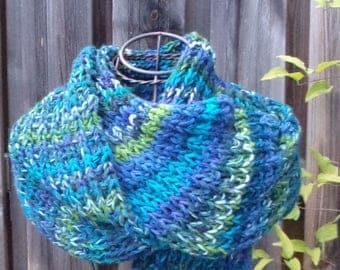 Blue woman wool handmade scarf