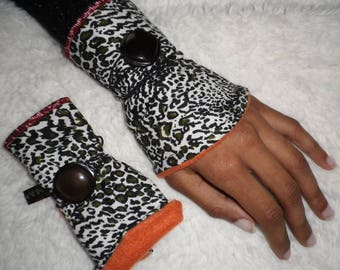 arm warmers fingerless gloves wrist warmers cotton vintage button orange fleece lining