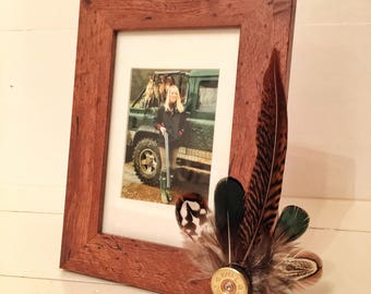 Feather & Cartridge Photo Frame - Green