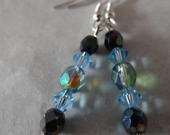 Earrings in shades of blue