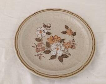 Vintage crown manor 6.5 inch plate