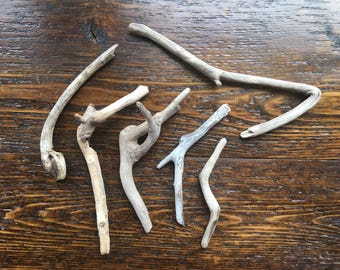 6 branch angles and curves Driftwood Natural Decor Supply Weathered Wood / Tan Thin / beach stick