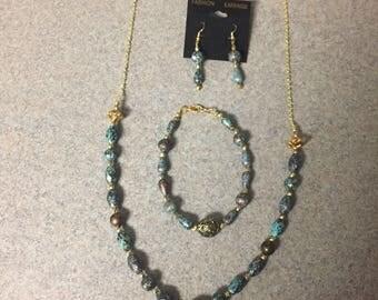 Antique brass and turqoiuse necklace set