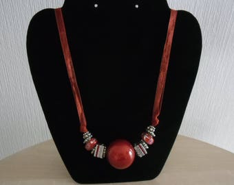 Red magic Pearl chunky necklace