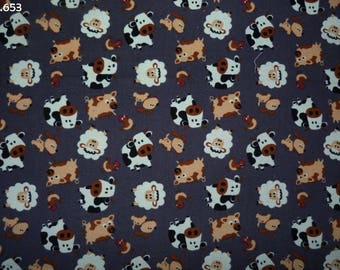 Fabric C653 corduroy animals of the farm on gray coupon 35x50cm