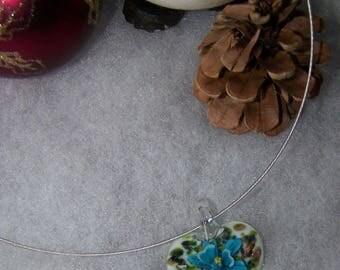heart style murano white & turquoise flower