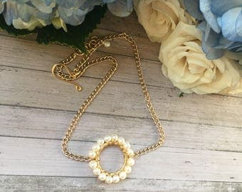 Pearls choker necklace, dainty plain chain choker, gold plated necklace, fresh water pearls.