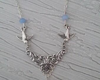 The 2 birds pendant necklace