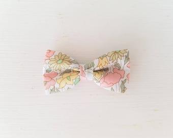 """Hair clip bow tie """"Liberty Poppy and pastel Daisy"""""""