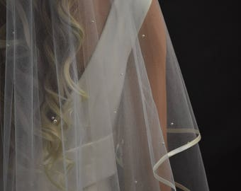 """2-Tier 30""""/108"""" Oval Center Gather Top Pearls Scattered Cathedral Veil with 1/4"""" Folded Satin Ribbon Edge"""