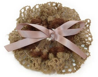 Hair clip round lace tulle and Brown satin ribbon bow wool