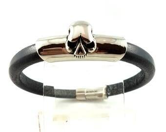 Black Leather Bracelet, Regaliz Leather, Stainless Steel Skull Bracelet, Goth Bracelet, Punk Bracelet, Halloween, Birthday, Christmas Gift