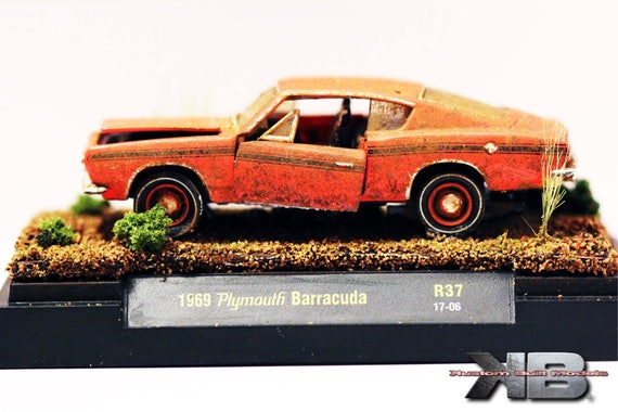 164 Scale Barn Find Diorama