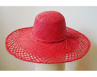 Sun Hat finely handwoven raffia with a bow on the side, Red
