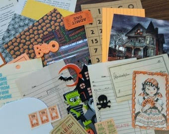Halloween Mini Paper Pack / 20+ Pieces / Vintage & New / Collage pack/Paper ephemera lot/ junk journal pack / pen pal lot